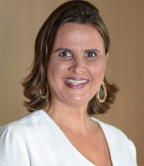 Presidente do Fundo Social da Solidariedade - Ilma. Sra. Letícia Oliveira Lemos