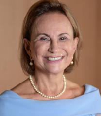 Secretária de Governo e Gestão Estratégica - Ilma. Sra. Maria da Graça Oliveira Lemos