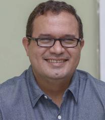 Secretário Municipal de Obras e Serviços Urbanos - Ilmo. Sr. Raul Carlos Paganelli Guimarães