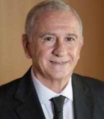 Secretário Municipal de Indústria, Comércio e Emprego - Ilmo. Sr. Roberto Arutim